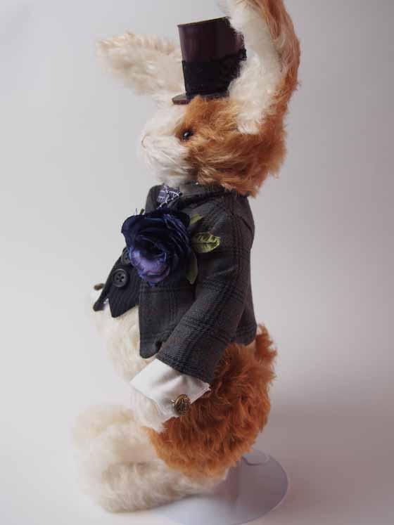 コンテストno.001 紳士ウサギ 横