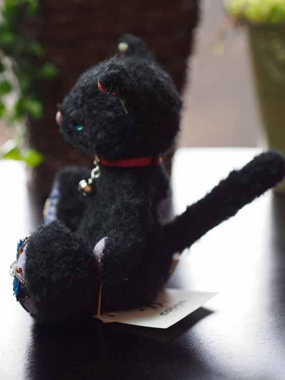 作品no.0008 18cm黒猫 横